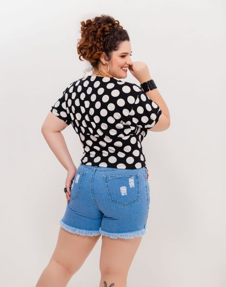 SHORT JEANS COM PATCH